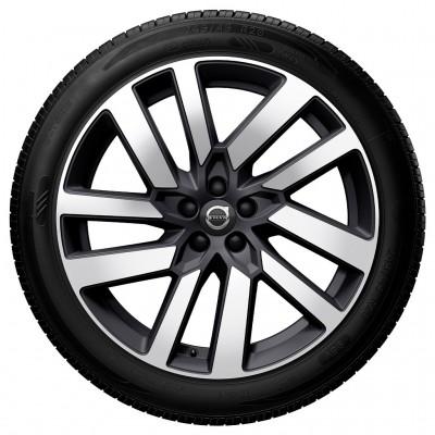 """Complete wielen, winter """"5-V spaaks Matt Graphite Diamond Cut"""" 8 x 20"""""""