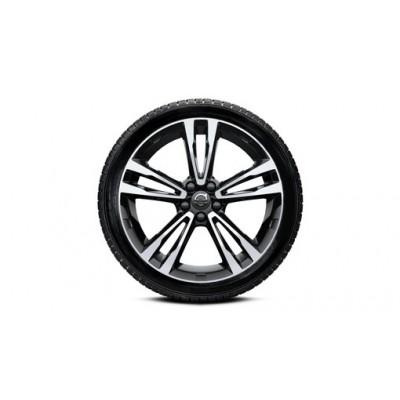 """Complete wielen, winter """"5-dubbelspaaks Black Diamond Cut"""" 7,5 x 19"""", Michelin banden"""