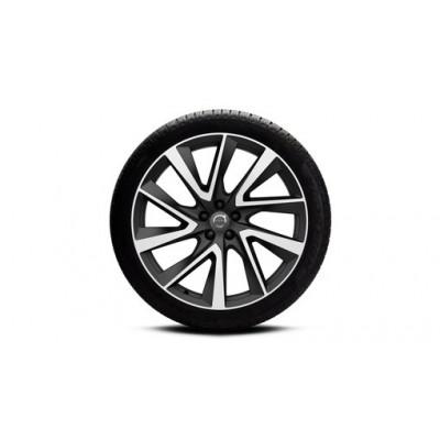 "Complete wielen, winter ""5-V-spaaks Black Diamond Cut"" 9 x 21"", Pirelli banden, incl. T8"