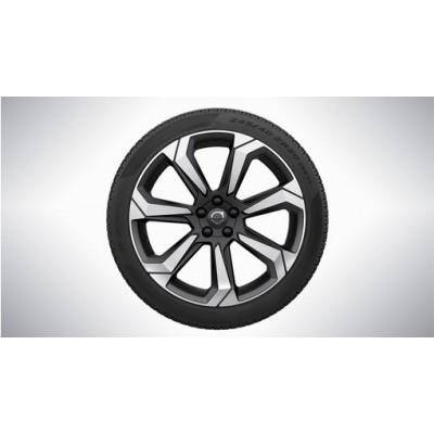 "Complete wielen, zomer ""7-Spaaks Matt Graphite Diamond Cut"" 8 x 20"", Pirelli banden"