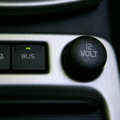 Plug 12V