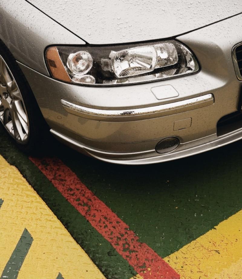 Chromen strips, bumper
