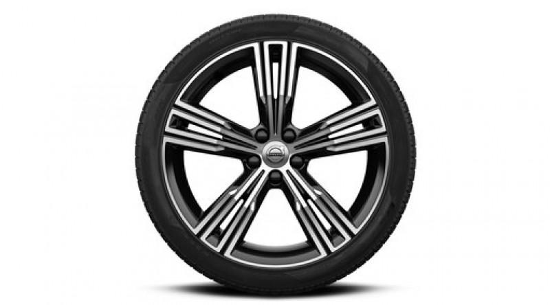 """Complete wielen, winter """"5-multispaaks Black Diamond Cut"""" 8 x 19"""", incl. Twin Engine"""