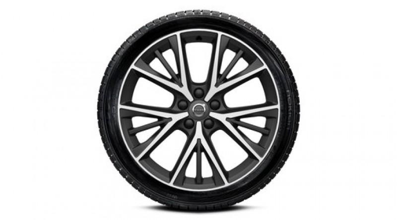 """Complete wielen, winter """"5-triple spaaks Matt Tech Black Diamond Cut"""" 8,5 x 19"""", incl. Twin Engine"""