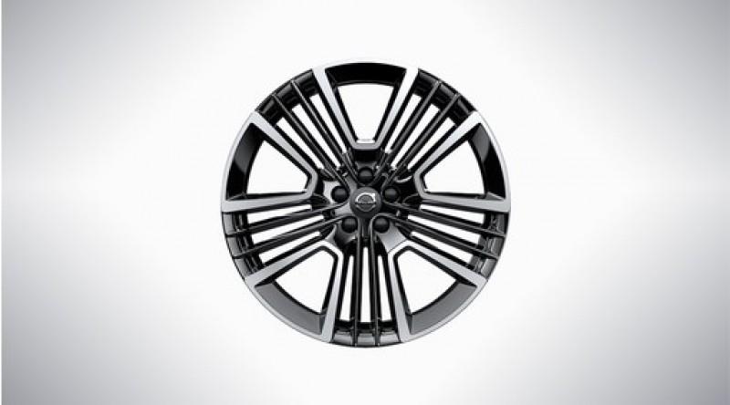 """Complete wielen, zomer """"5-trippel open spaaks Black Diamond Cut"""" 8 x 21"""", Pirelli banden"""